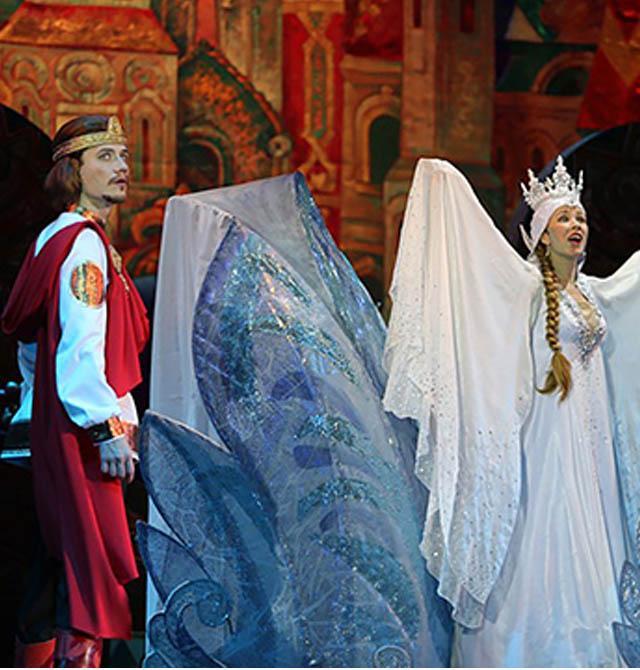 Перед Царем Гвидоном стоит непростая задача – отыскать Красоту Несказанную!
