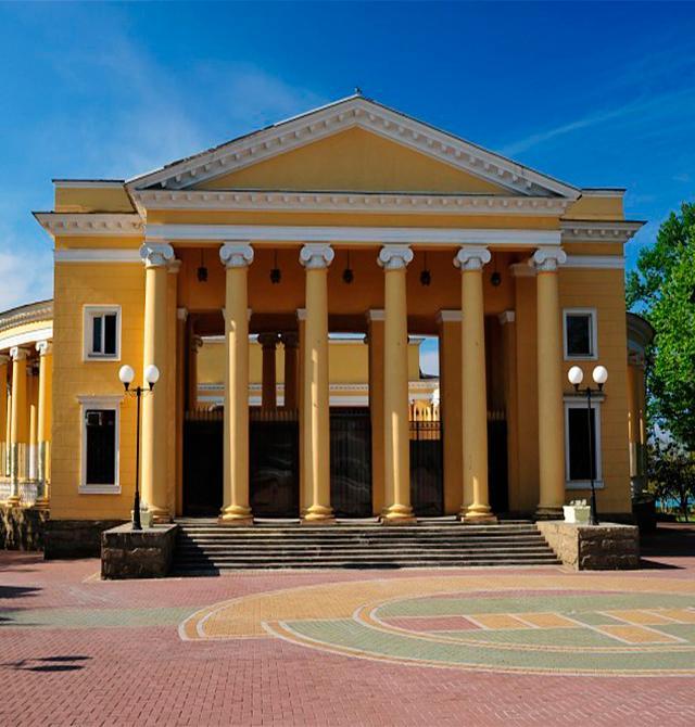 Летний театр парка им. М.В. Фрунзе